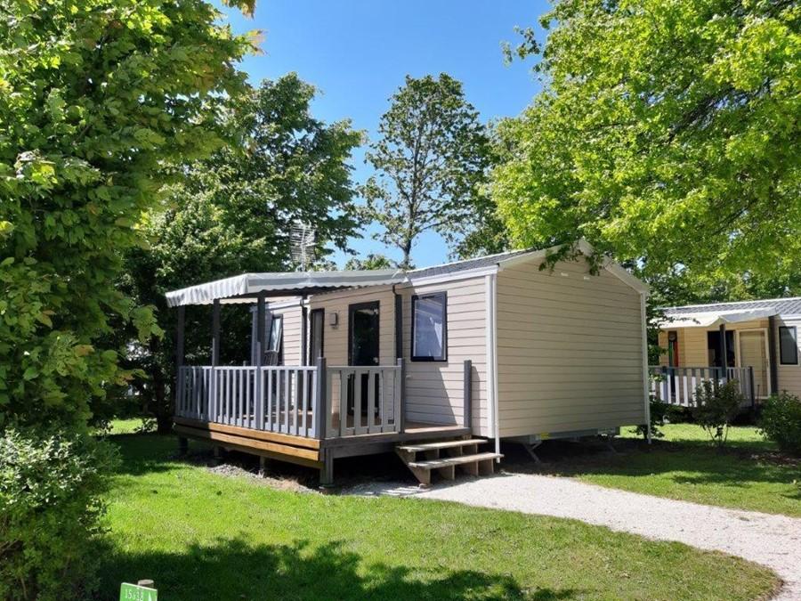 Mobile home avec terrasse